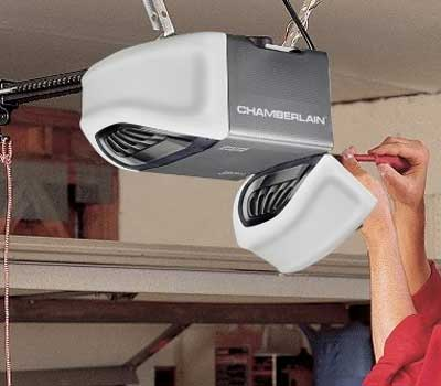 professional garage door service in Centennial, CO